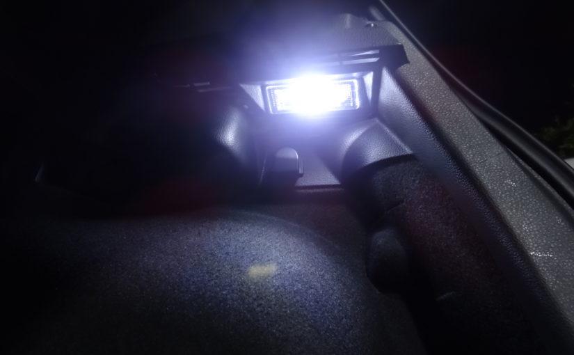 Installation de LEDs dans le coffre et la boite à gants